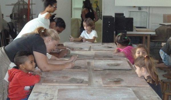 Les Amis de Cayenne découvrent les arts céramiques